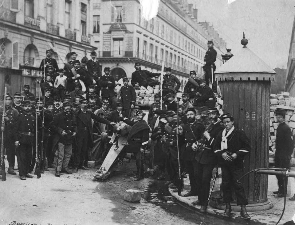 Paris 1871 Chassepots at  Place Vendome