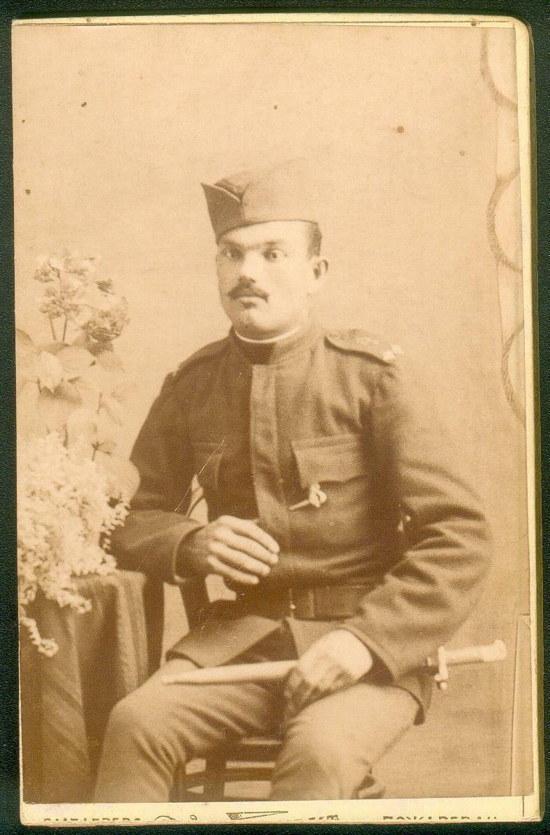 Serbian with Milanovich bayonet
