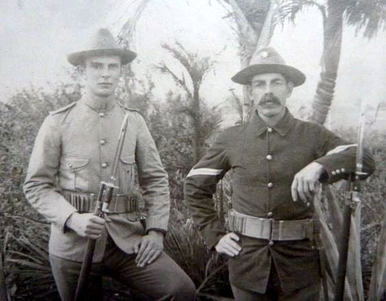US soldiers with Krag bayonets, American-Spanish War 1898