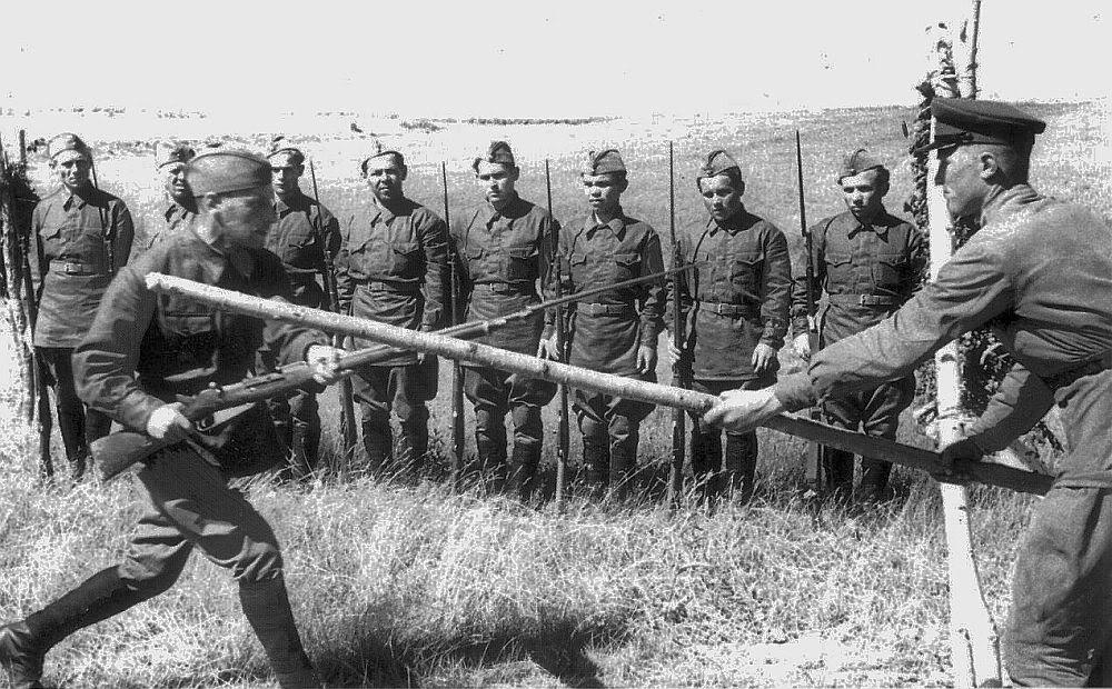 Russian soldiers training with Mosin WWII